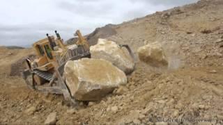 D11N Pushin' & Shovin' Boulders