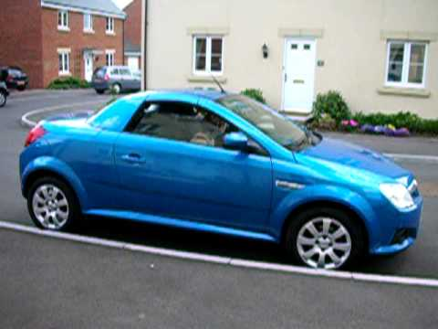 Blue Tigra Automatic Roof Closing Youtube