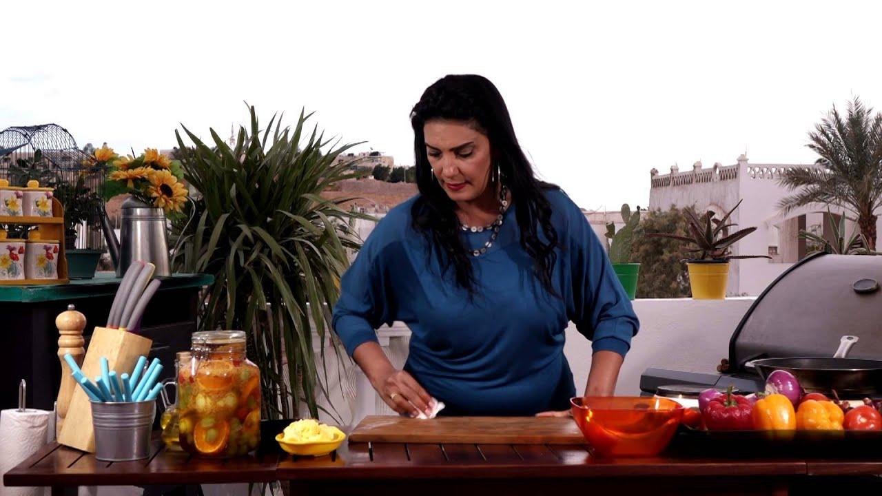 طماطم محشيه بالفريك +لحم ريش بصوص الجنزبيل مع أمل سليمان في وصفه أمل (الجزء التاني)