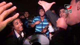 «عشاق منير» يعترضون على إلغاء حفله الأخير بالرقص والأغاني