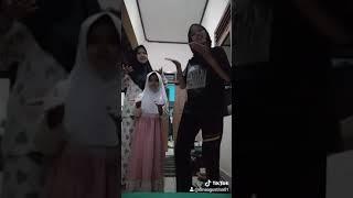 Download TikTok pacarku ilang