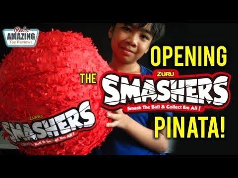 opening-the-zuru-smashers-pinata-full-of-smashers-collectible-toys!