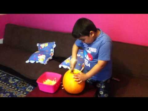 How to clean at the top of a pumpkin