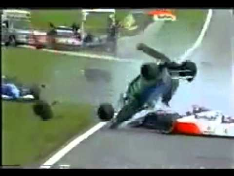 Eddie Irvine Big F1 Crash @ Brazil 1994