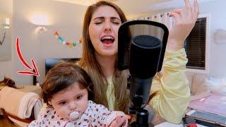 اول اغنية أم مع بنتها ٩ شهور👶🎙️ *صوت ملائكي🎵