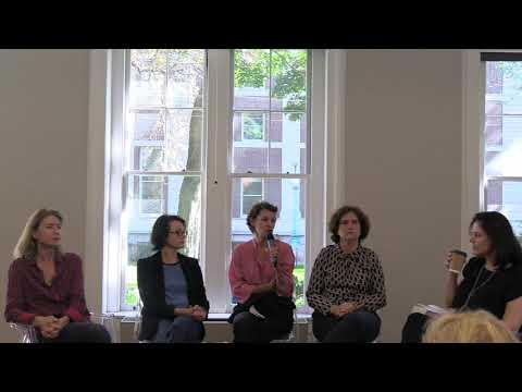 Women's Voices, Women's Stories - Les Historiennes