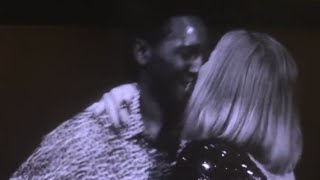 Adele Accidentally KISSES Fan On The Lips Onstage During Concert (Vancouver, Canada) [FULL VIDEO]