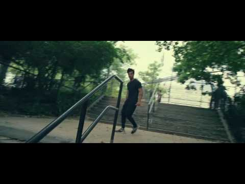 Taylor Lautner Parkour Practice In Tracers Movie