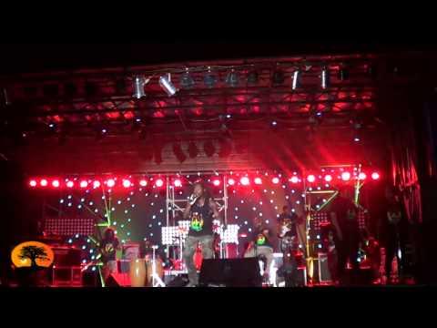 """Le concert """"Live Time 2015"""" du campus Universitaire de Lomé  comme si vous y étiez."""