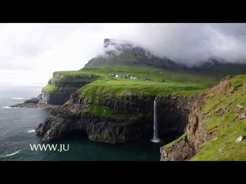 Hiking from Bøur to Gásadalur, Faroe Islands