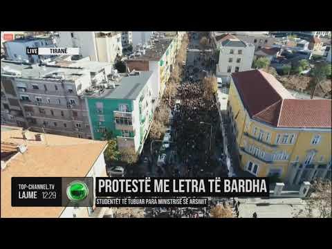 Protesta e studentëve në dy kampe e parë me dron - Top Channel Albania - News - Lajme