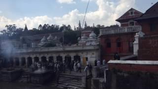 Кремирование покойников в Непале