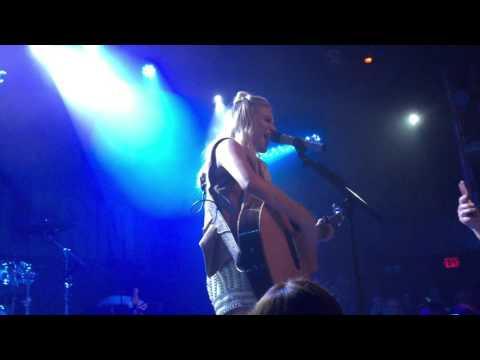 Yeah Boy [Kelsea Ballerini Live @ The Troubadour]