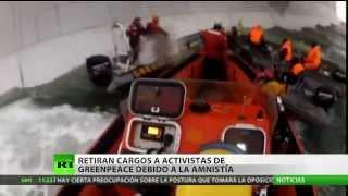 Rusia comienza a poner en libertad a manifestantes de Greenpeace