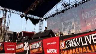 cupumanik - maha rencana live at soundrenaline 2006