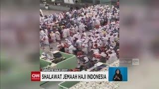 Video Berita Duka & Video Viral Lantunan Shalawat Jamaah Haji Indonesia saat Antre di Bandara download MP3, 3GP, MP4, WEBM, AVI, FLV Januari 2018