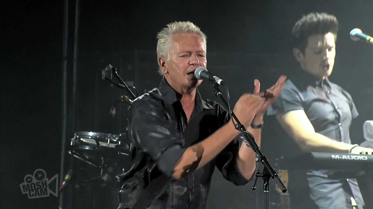 icehouse-we-can-get-together-live-in-sydney-moshcam-moshcam