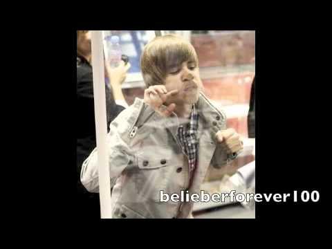 Justin Bieber - Born To Be Somebody (STUDIO VERSION)