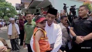 Anak Kecil Minta Digendong Presiden Jokowi di Cianjur