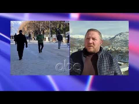 Ngricat, probleme me qarkullimin ne Peshkopi, rrugeve nuk u hidhet kripe | ABC News Albania