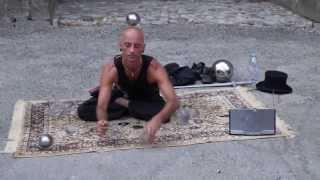 Incredible Jotti glassballs. Levitation, 3ball b headalance. Удивительное Представление с шарами.