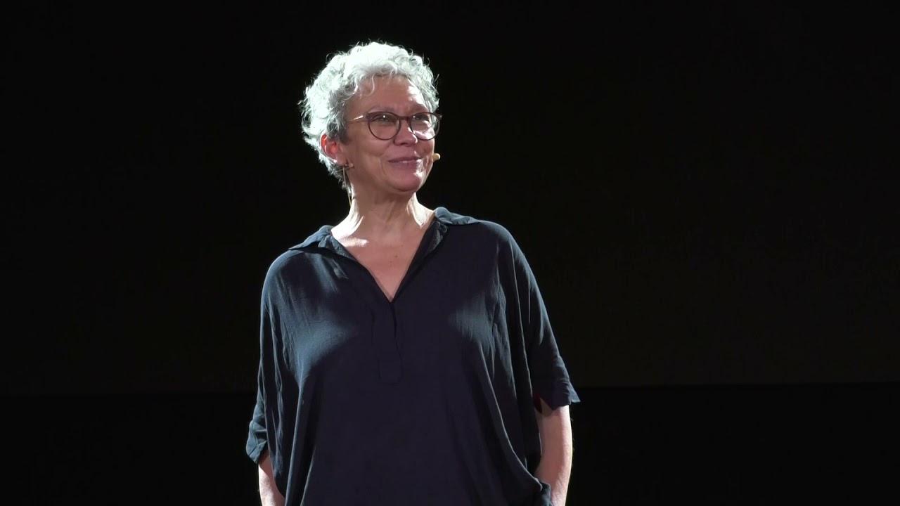 Suntem răspunzători de fiecare secundă a vieții noastre  | Oana Pellea | TEDxSinaia