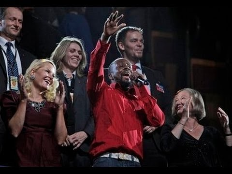 """Wyclef """"Wyclectic"""" Jean - Nobel Peace Prize Concert 2009 Part 2"""