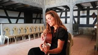 Linda Trillhaase singt Heinrich Heine: Die Engel, Kirche Kloster Vessra, 2019