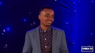 MC Munga kwenye stage  African Edition  CHEKA TU