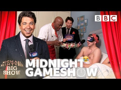 Michael McIntyre's Midnight Christmas Carollers - Michael McIntyre's Big Show: Episode 6 - BBC One