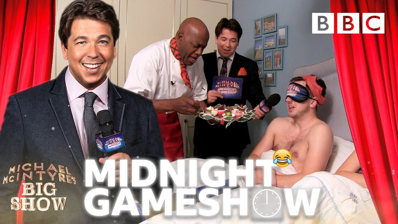 Michael McIntyre's Midnight Christmas Carollers - Michael McIntyre's Big Show: Episode 6 -