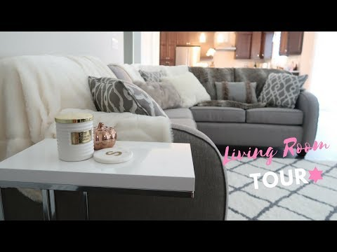 LIVING ROOM TOUR!🏡💕 SLMissGlamVlogs🏡💕