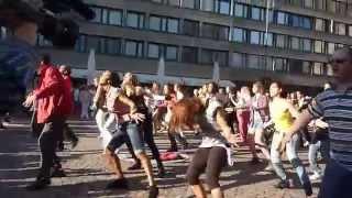 Michael Jackson's birthday 2010 - Budapest flashmob (Örömtánc)