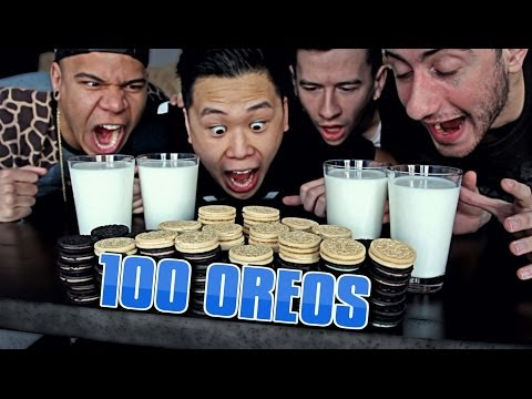 100 OREOS in 10 Minutes CHALLENGE!