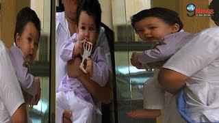 Aww!!! तैमूर की शरारत ने किया माँ करीना को परेशान, VIRAL हुई PHOTOS…| Taimur Cute Pics