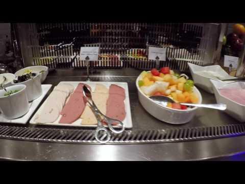 Al Reem Lounge - Abu Dhabi - AIRPORT REVIEW