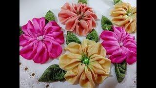 Flor do campo com fitas