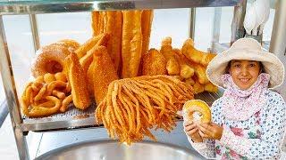 """Ngon lạ Bánh Tiêu Đường & Bánh """"Bàn Tay Trăm Ngón"""" Chỉ 5k trên đường phố Sài Gòn"""