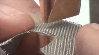 Контактная сварка элементов фильтра из стальной сетки аппаратом CD200DP(Контактная сварка элементов фильтра из стальной сетки толщиной 0.2мм. Используется аппарат CD200DP для точечно..., 2015-03-17T22:00:29.000Z)