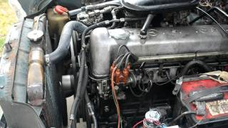 280 Engine Cold Start with NEW Rockers.mov