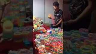 Video Amazing Slinky Tricks download MP3, 3GP, MP4, WEBM, AVI, FLV Juli 2018