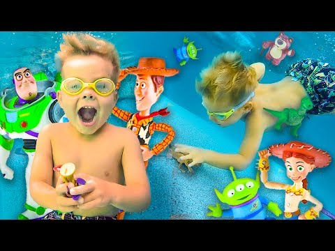 TOY STORY UNDERWATER TOY DIVING RESCUE SPECIAL!