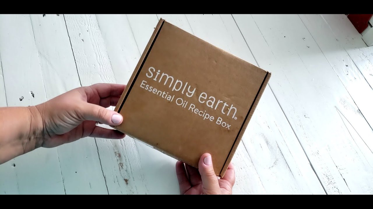 Simply Earth Unboxing July 2020 ~ Salon in a Box ~ Essential Oil Subscription Box