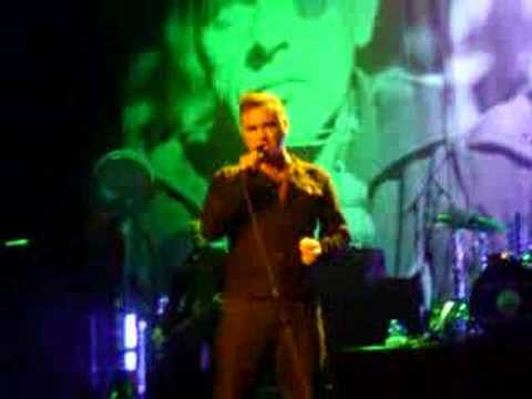 Morrissey - Interesting Drug (live)