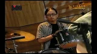Sheila On 7 Jamming dengan Formasi Lengkap Termasuk Anton dan Sakti Lagu Pria Kesepian [Jadul]