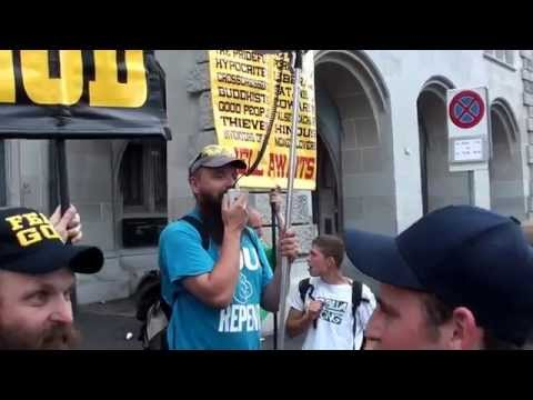 Street preaching in Sreet Parade (one of the largest techno party in the world) - Zürich 2014