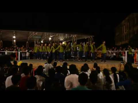 "HANUMAN CHALISA dance by Team MIRAGE on""world dance day"" in VIT UNIVERSITY,VELLORE"