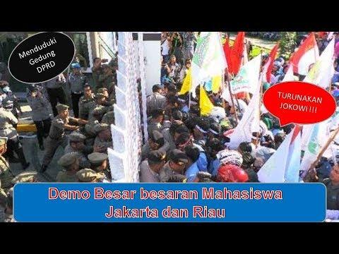 TURUNKAN JOKOWI, Mahasiswa Kuasai Gedung DPRD, Mahasiswa   Riau