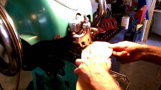 Download Video American sole stitcher MP3 3GP MP4