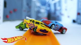 Epic Race Episode 5: Race to the Top! | Hot Wheels